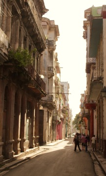 Atmospheric street in Havana