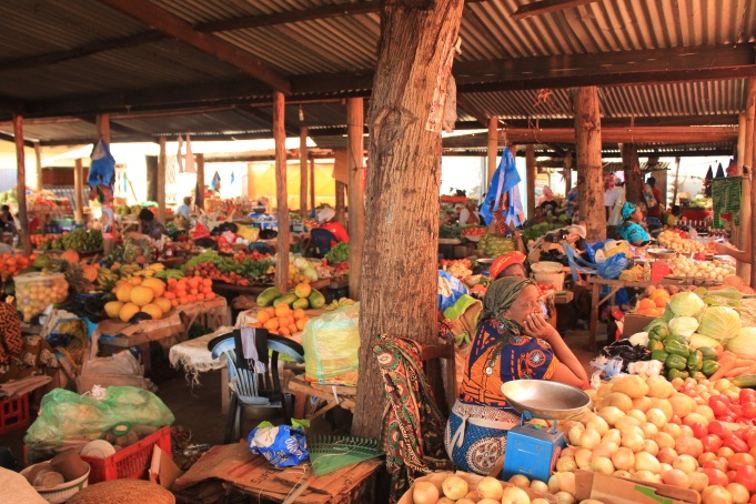 Inhambane vegetable market
