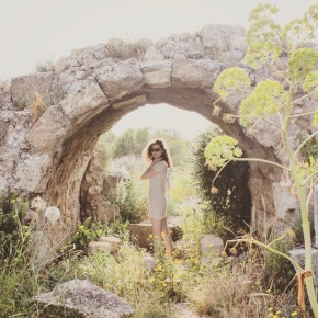 Sofie under a Roman viaduct in the ancient city of Salamis