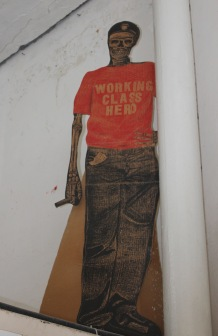 Working class hero, artwork at the Taller Experimental de Grafica