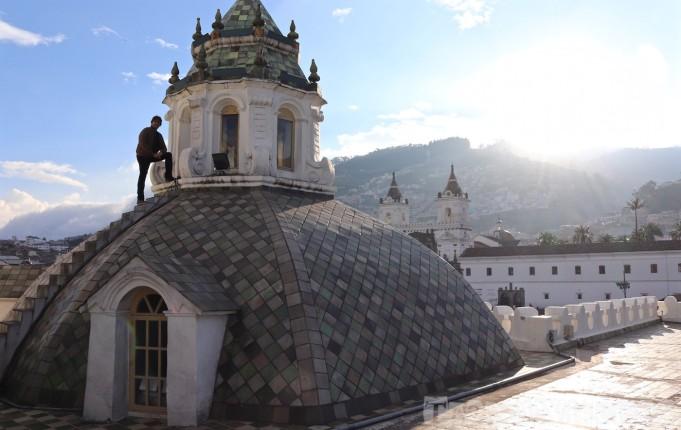 Compañia de Jesus rooftop, Quito