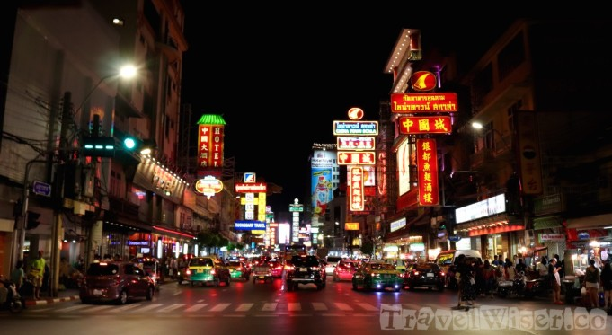 Bangkok Chinatown Yaowarat street scene