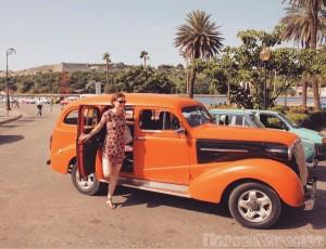 Classic car taxi in Havana