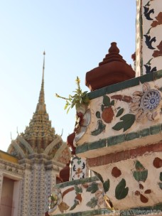 Wat Arun decoration detail