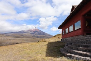 Tambopaxi Lodge with a view of Volcan Cotopaxi