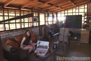 Karanambu Lodge library