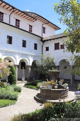 Monastero de San Diego courtyard