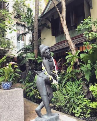 Ariyasom Villa Bangkok garden