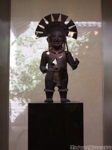 Pre-Colombian artwork, Casa del Alabado Quito