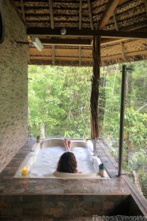 Jungle jacuzzi, Napo Wildlife Center