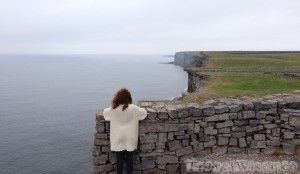 Looking at the cliffs from Dun Aengus
