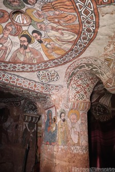 Abuna Yemata Guh interior with murals