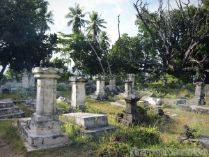 L'Union Estate cemetery, La Digue